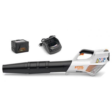 BGA 56 Soplador de Mano Stihl a Batería + AL 101, AK 20
