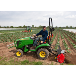 Tractor John Deere Modelo 1026R Potencia 25,2 CV Serie 1